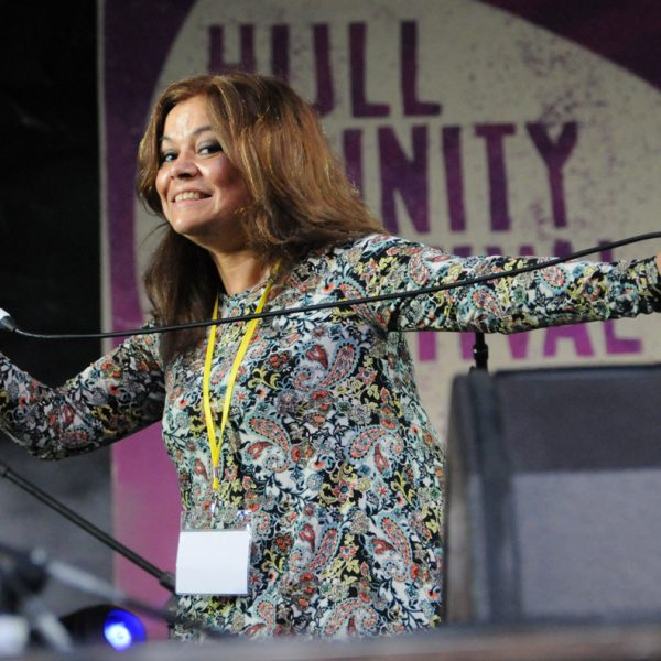 Pearls Cab Ride at Hull Trinity Festival 2014